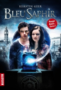 la-trilogie-des-gemmes,-tome-2---bleu-saphir-620015